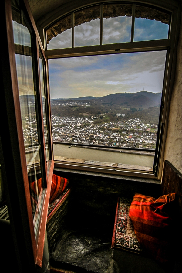 Weekly Photo Challenge .Window